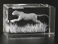 Фигурка Пантера в прыжке голограмма в хрустале