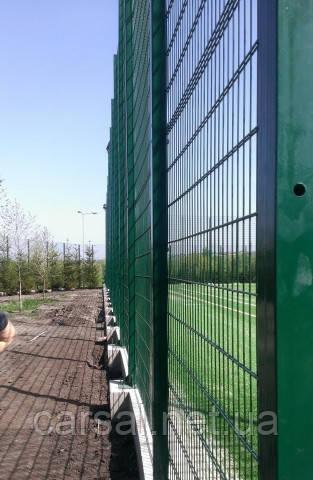 Сетка сварная оцинкованная с полимерным покрытием Кольчуга 5/4/5. Панельный забор из сварной сетки.