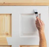 Покраска дверных блоков