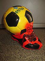Подарок для мальчика - Копилка Мяч с ботинком