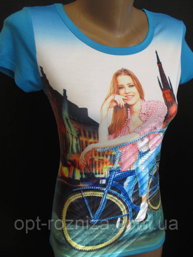 Летние молодежные футболки с ярким рисунком.