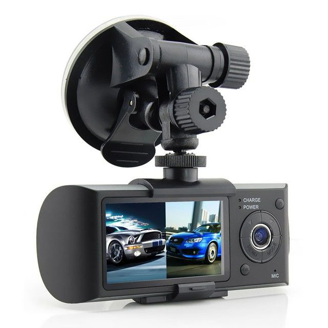 4 канальный видеорегистратор в авто