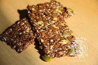Хлібці солодкі з гарбузовим насінням (100г)