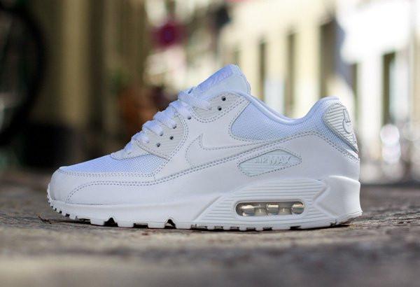 Кроссовки женские Nike Air Max 90 Essential Triple White (найк аир ... 48c977d910a