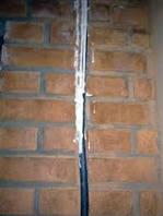 Штробление стен под проводку (кирпич)