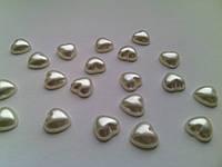 Полубусина перламутровая сердечко 10мм ПБ36