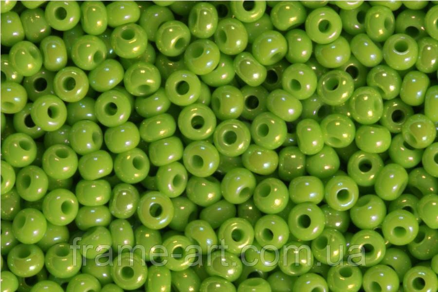 Бісер 54310 Ргесіоѕа (Чехія) зелений лайм перловий райдужний 25г