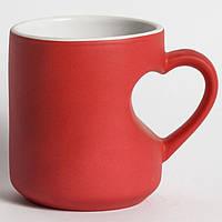 Чашка-хамелеон сублимационная красная с ручкой-сердцем