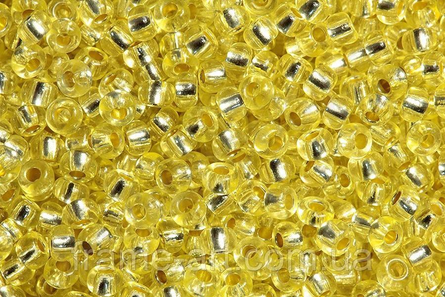 Бісер 08283 Preciosa (Чехія) світло-жовтий блискучий 25г