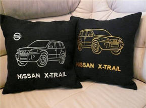 Новинка! Подушка с Вышивкой фотографии Вашего автомобиля!