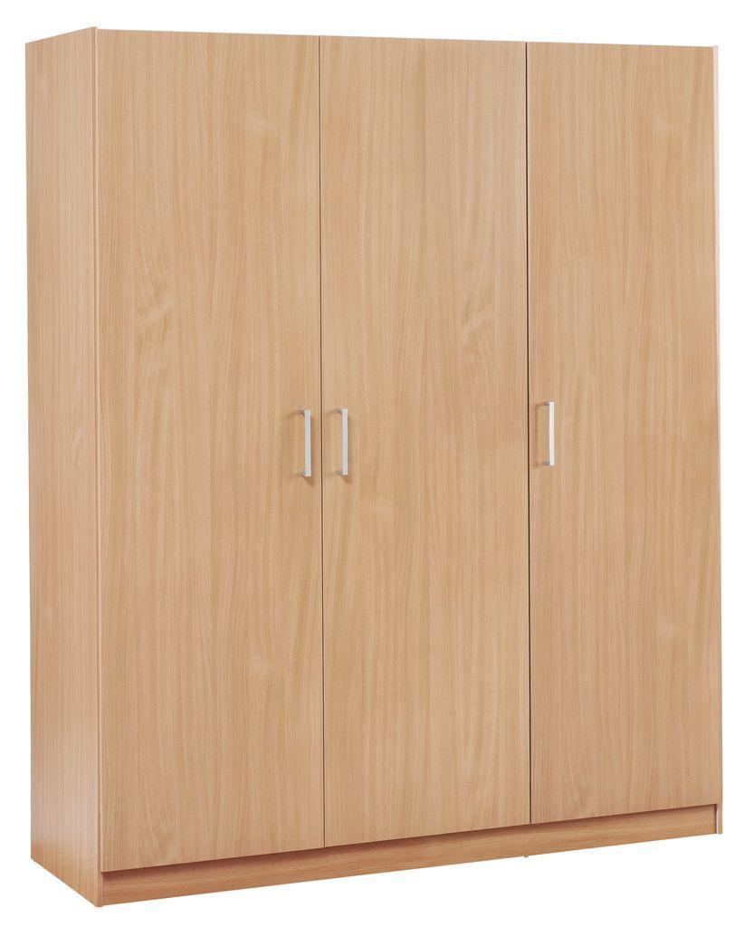 Деревянный 3- х дверный шкаф