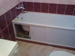 Установка пластикового защитного экрана под ванну