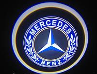 Лазерная подсветка дверей с логотипом на Mercedes Vito