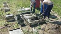 Бетонирование с подачей бетона вручную