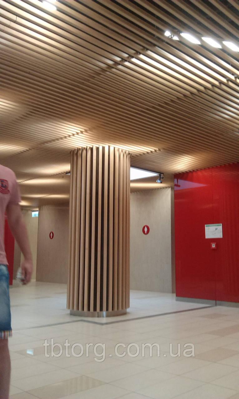 Реечный кубообразный потолок в интерьере (монтаж)