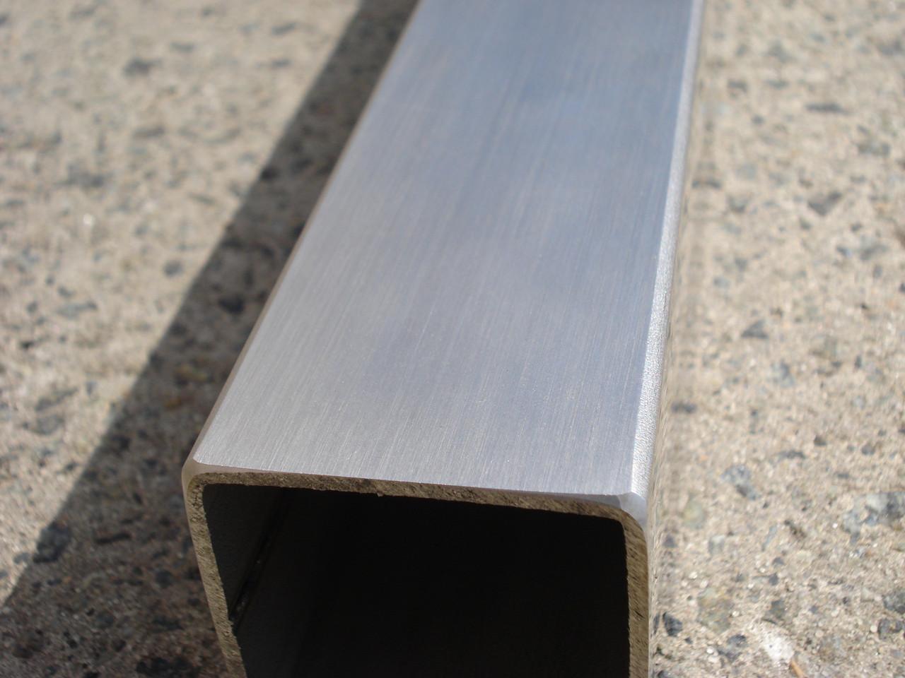 Труба из нержавеющей стали 25Х25Х1,2 шлифованная