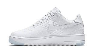 Кроссовки Nike Air Force Flyknit Low белого цвета