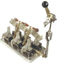 РБ-4 и РС-4 на 400А разъединитель с правой или левой ручкой