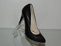 Туфли женские кожаные на шпильке
