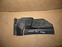 Накладка кузова наруж под лоб стекло правое Renault Kangoo (03-) OE:8200031673
