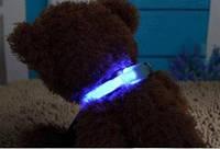 Светящийся ошейник для собак с точечными светодиодами.