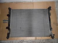 Радиатор основной  (1,9 dci 8V) Renault Scenic II 03-06 (Рено Сценик 2), 8200357536