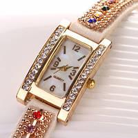 Шикарные часы-браслет.  Белые. (Код 03)
