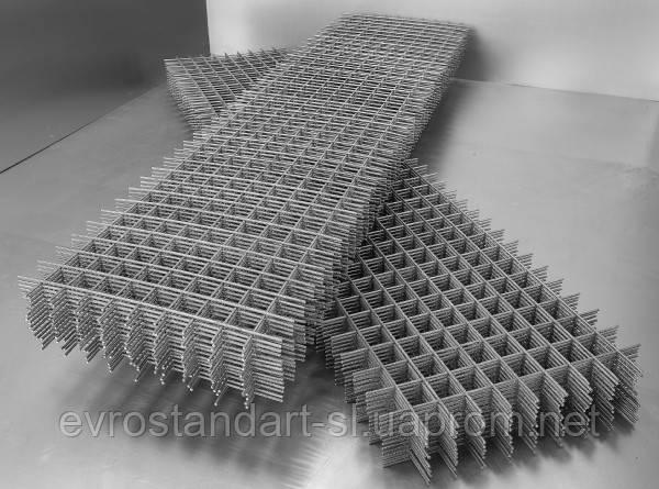Сітка листова осередок 100х100х04 розмір 1х2
