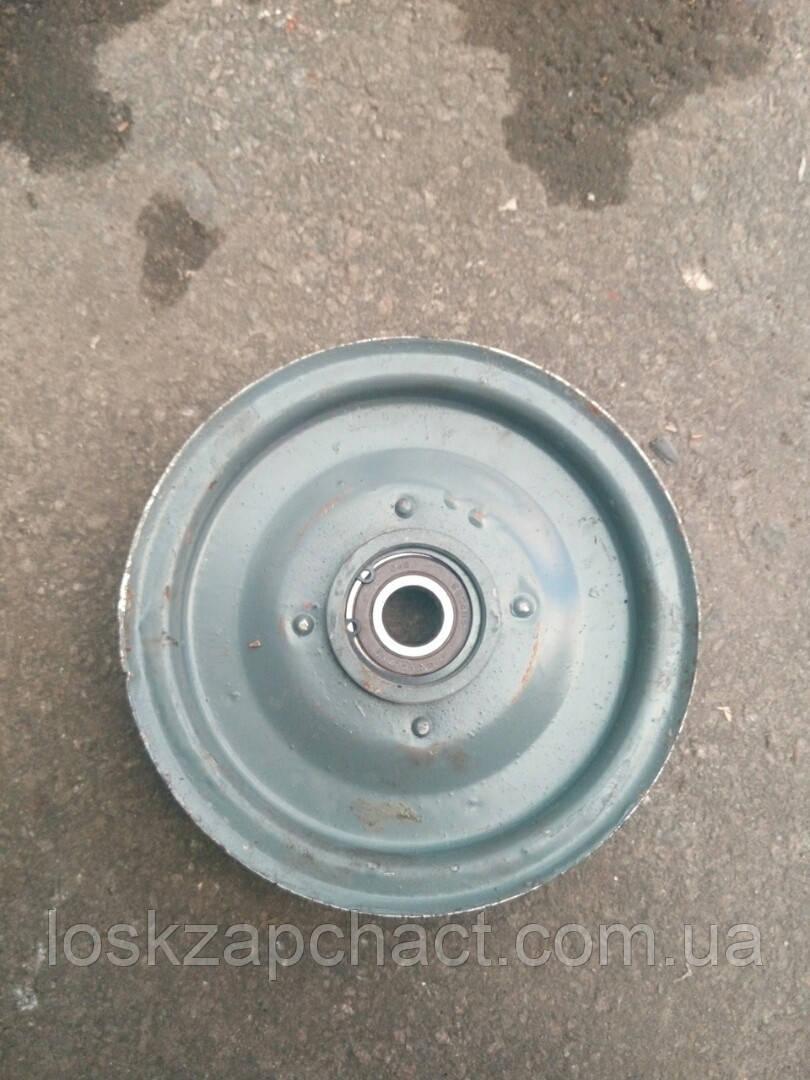 Шкив натяжной привода зернового шнека с подшипником Н.206.22.000А