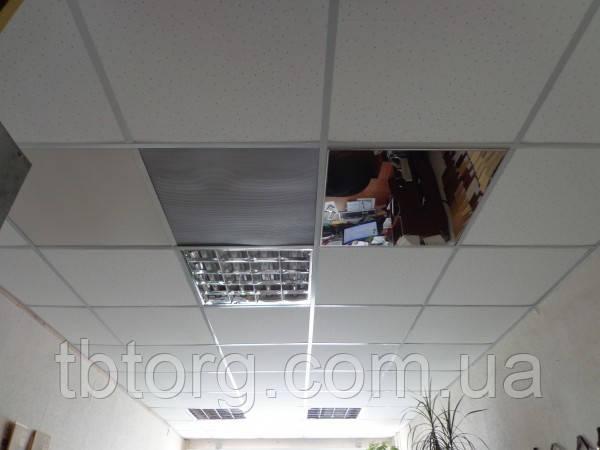Дзеркальні панелі на стелю