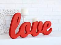 Слово из дерева LOVE
