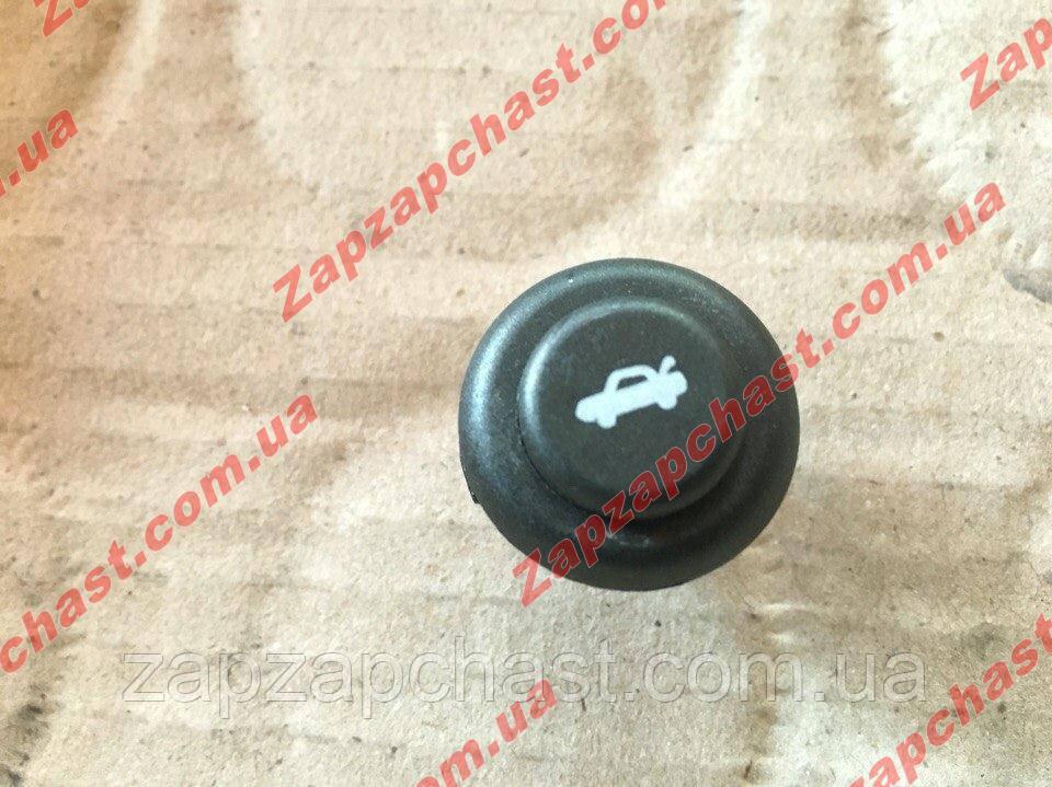 Кнопка открытия багажника ваз 2110 2111 2112 2170 приора 2123 нива шевроле