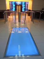 Стеклянный пол синий