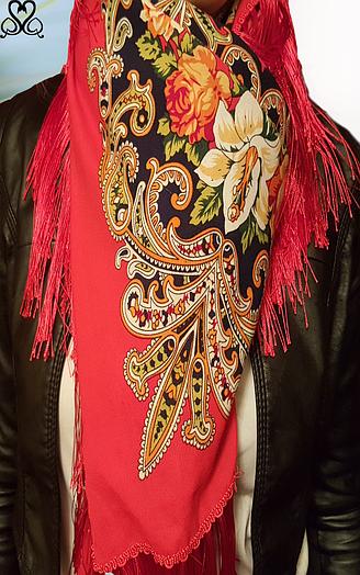 Платок шелковый народный стиль
