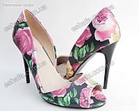 Женски яркие босоножки каблук 10,5см. Черные с розами