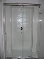 Раздвижные двери в душ кабину