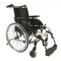 Облегченная инвалидная коляска Invacare Action 4 NG