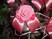 Украшение на машину на присоске Розы с бантиком