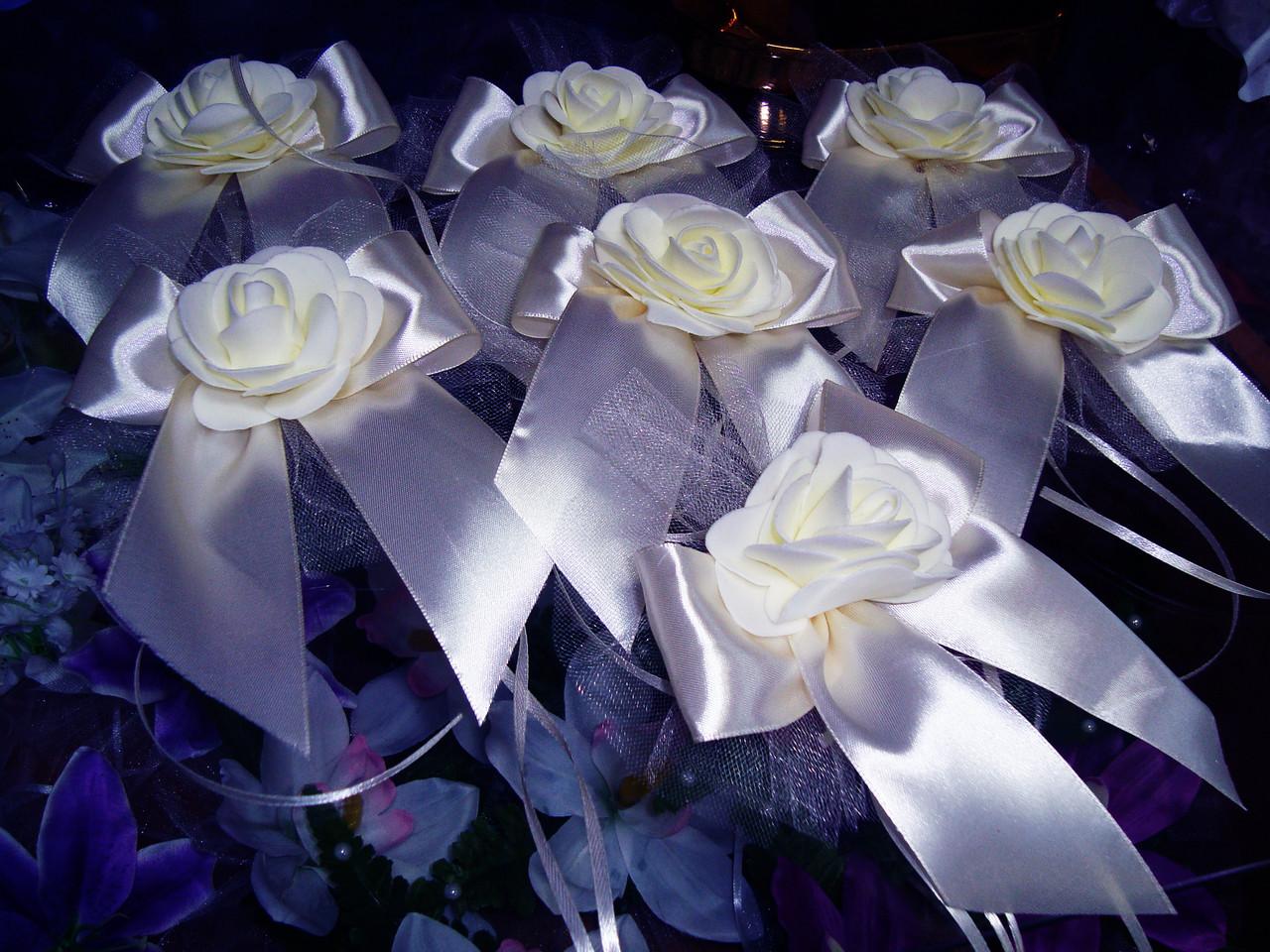 Украшение свадебных машин Роза на бантике - Магазин свадебных аксессуаров Svadba Love в Днепре