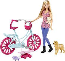 Барби со щенками на прогулке