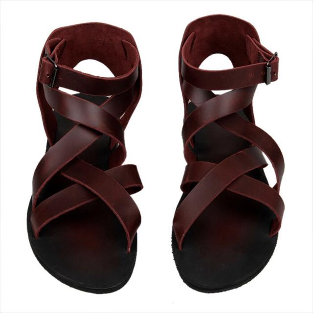 Босоножки и сандалии мужские