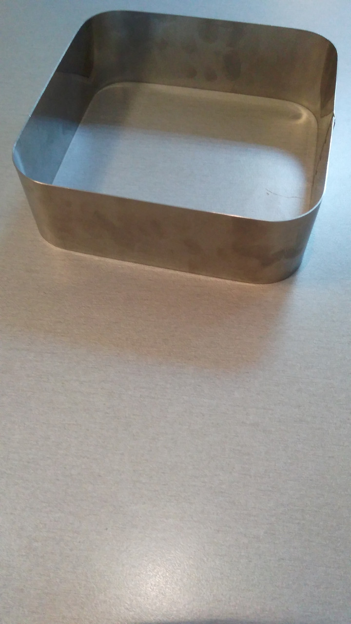 Форма для выпечки квадрат с закр.краями 16*16 см H 5 см. (код 04837)