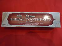Зубная паста Dabur с гвоздикой