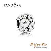 Pandora шарм БЕЛЫЕ ПРИМУЛЫ НА ЛУГУ №791488EN12 серебро 925 Пандора оригинал