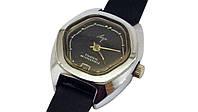 Женские механические часы СССР Луч