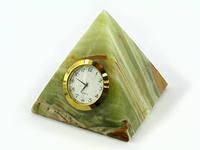 Пирамида оникс  с часами  (3,5х3,5х3,5 см)