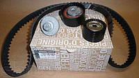 Комплект ремня ГРМ (ремень+ролики) RENAULT DUSTER 1,6 16V-130C17529R