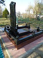 Облицовка могил гранитной и тротуарной плиткой