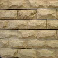 Облицовочная рустованная плитка из песчаника 10х20
