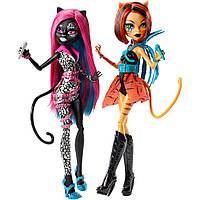 Набор кукол  Кэтти Нуар и Торалей Страйп Пугающие Рокеры (Monster High Fierce Rockers - Catty Noir and Toralei